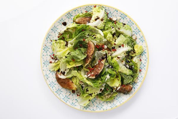 328478 757274 romana  figo e nuts web  - Viena Express oferece saladas que valem por uma refeição