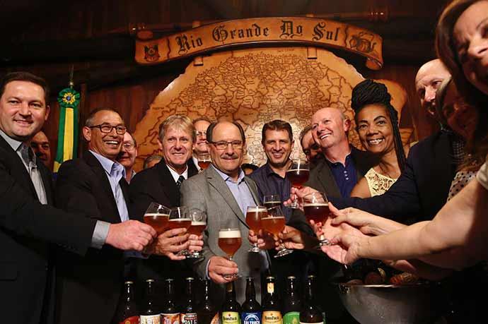 Brinde à criação da região cervejeira 2 - Rota Romântica integra a Região das Cervejarias Artesanais do RS