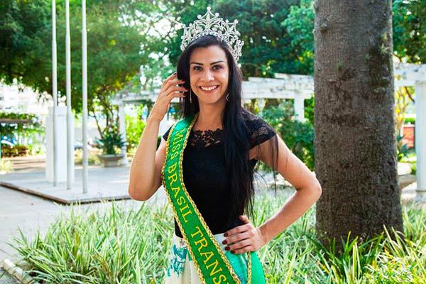 Desire Oliveira - Canoense é eleita Miss Brasil Transex 2017