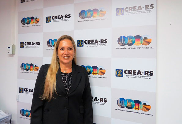 Eng. Eliana Silveira - Eliana Silveira assume interinamente a presidência do CREA-RS