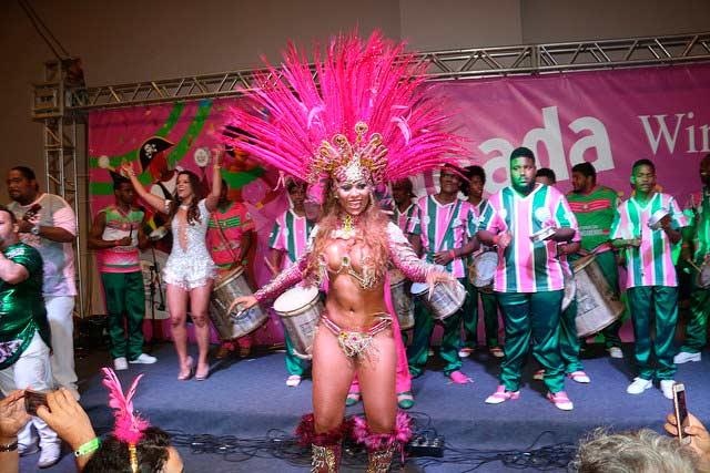 Feijoada Pré carnavalesca da Windsor Barra 8 - Feijoada Pré-carnavalesca da Windsor Barra conta com a presença de famosos