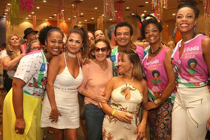 Feijoada Pré carnavalesca da Windsor Barra - Feijoada Pré-carnavalesca da Windsor Barra conta com a presença de famosos
