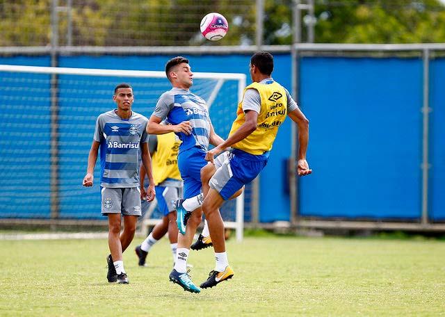 GRUPO DE TRANSIÇÃO VOLTA AOS TREINOS 1 - Grêmio se prepara para encarar o Caxias no sábado