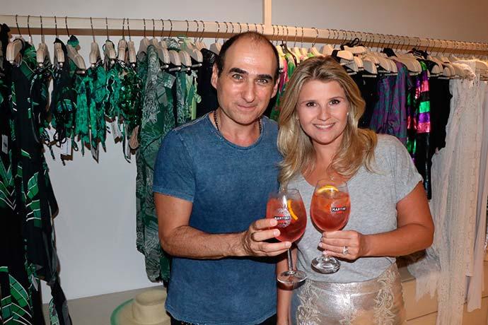Helena Caio e Amir Slama lançam coleção Tropical Vibes - Helena Caio e Amir Slama lançam coleção Tropical Vibes