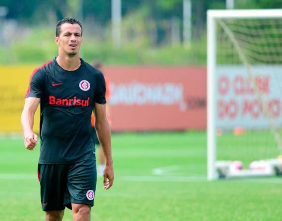 Inter faz treinos com forte movimentação 3 - Inter treina com intensa movimentação e troca de passes