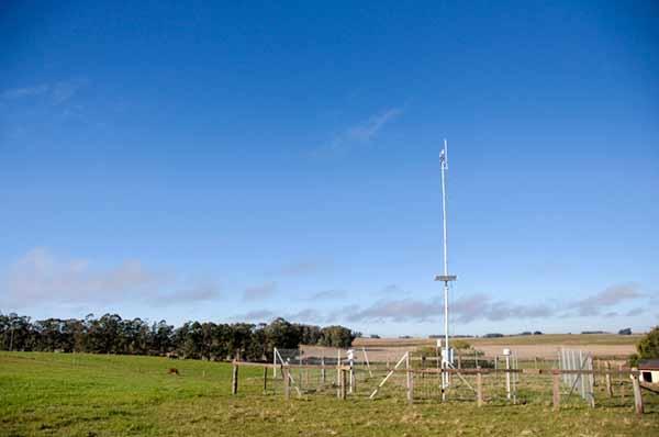 Os dias mais quentes junto com a redução das chuvas aumenta o risco de déficit hídrico - Agrometeorologia lista orientações para La Niña neste verão