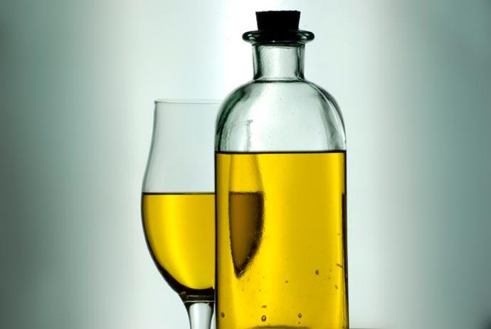 azeite - Esquentar o azeite de oliva faz dele um vilão?