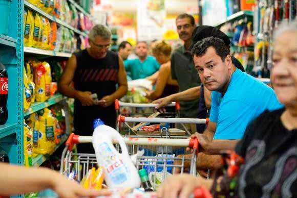 cesta básica - Preço da cesta básica cai em 21 capitais