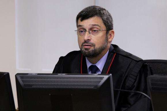 """mauricio gerun - """"Lamentavelmente, Lula se corrompeu"""", diz procurador em julgamento no TRF4"""