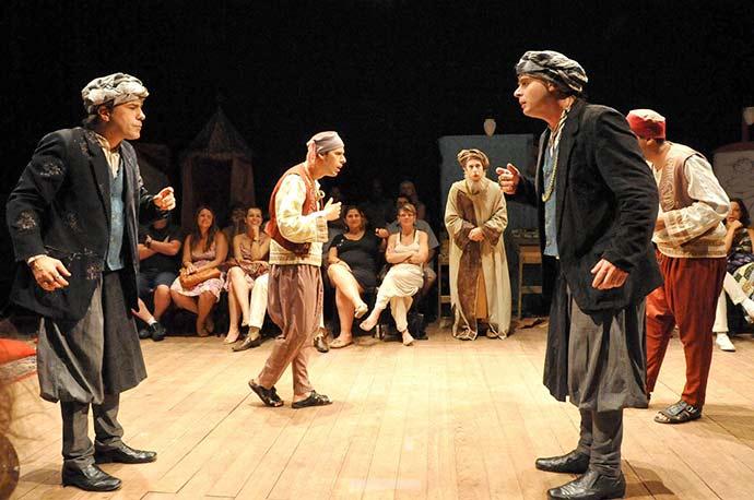A Comédia dos Erros - A Comédia dos Erros no Teatro Renascença em Porto Alegre