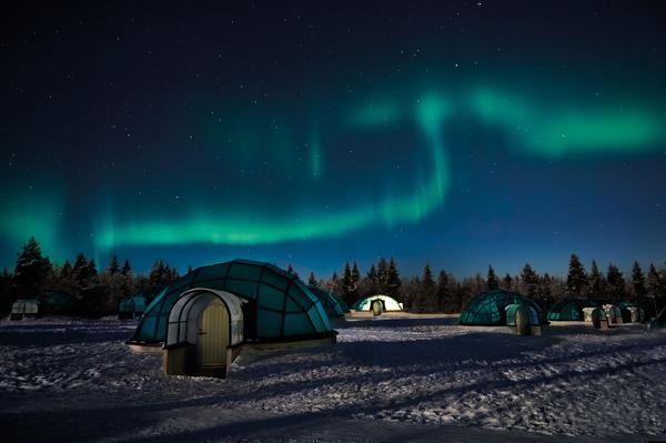 Revista News Campanha-Lua-Luá-finlandia Thairine Garcia posa na Finlândia para o Inverno 2018 da Lua Luá