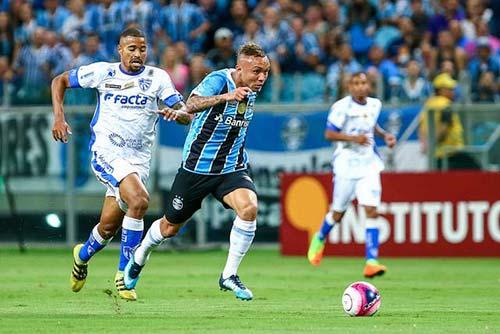 Grêmio é derrotado pelo Cruzeiro RS 5 - CRUZEIRO-RS DERROTA GRÊMIO EM PLENA ARENA