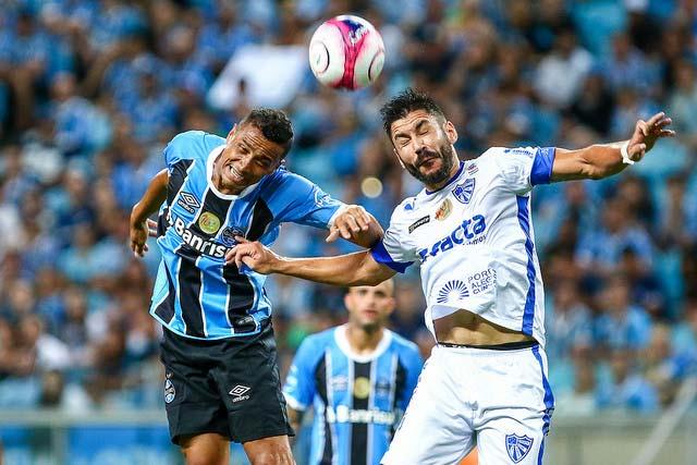 Grêmio é derrotado pelo Cruzeiro RS - CRUZEIRO-RS DERROTA GRÊMIO EM PLENA ARENA