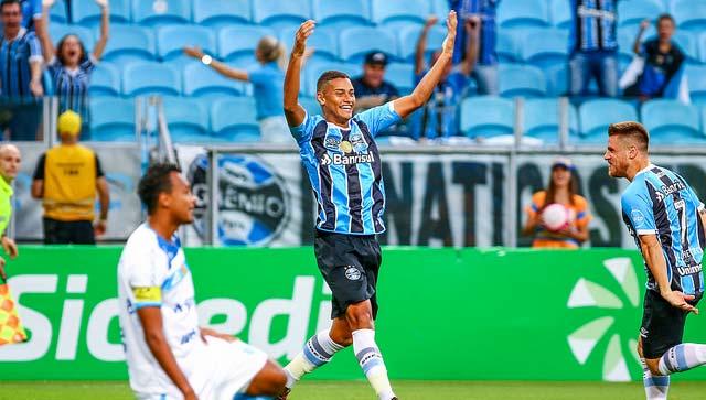 Grêmio e Novo Hamburgo 1 - GRÊMIO VENCE E SE APROXIMA DA ZONA DE CLASSIFICAÇÃO