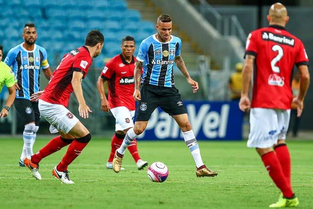Gremio vence Brasil Pel na Arena 1 - Jogando na Arena, Grêmio derrota o Brasil de Pelotas