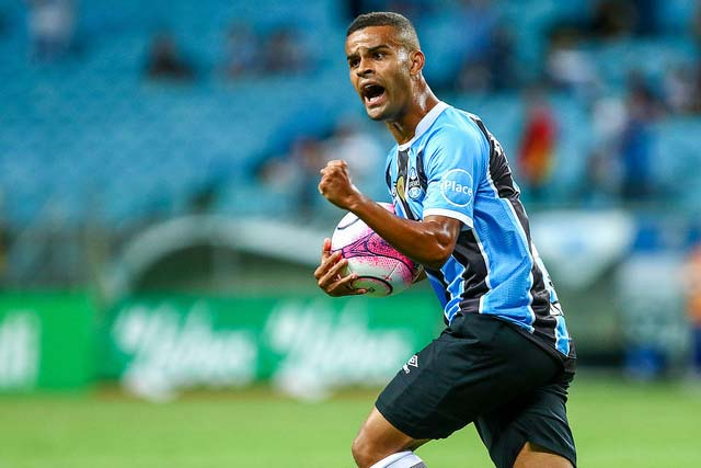 Gremio vence Brasil Pel na Arena 4 - Jogando na Arena, Grêmio derrota o Brasil de Pelotas