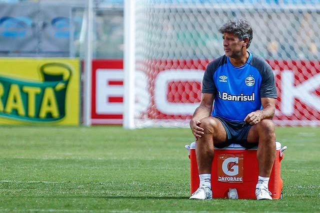 Grupo principal do Grêmio 4 - GRUPO PRINCIPAL DO GRÊMIO PRONTO PARA PRIMEIRO JOGO OFICIAL DE 2018