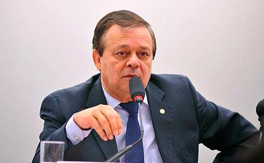 Jovair Arantes - PTB mantém indicação de Cristiane Brasil para ministério