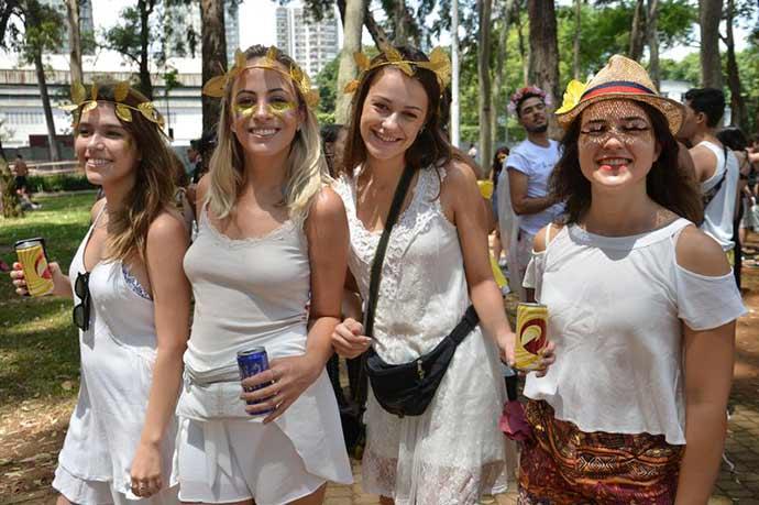 blocos sp - Programação dos blocos que desfilam hoje pelas ruas de São Paulo