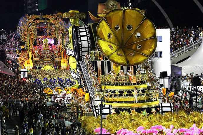 carnaval 2018 dragoes da real 10fev 23 1 - Sábado de carnaval reuniu 1,65 milhão de foliões em São Paulo
