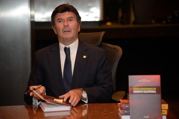 luiz fux - Luiz Fux toma posse hoje na presidência do TSE