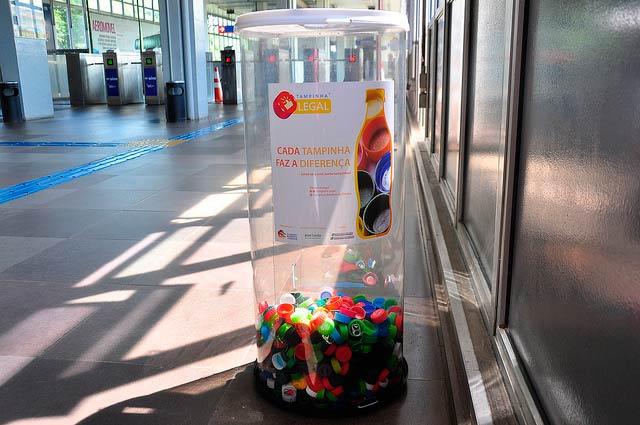 projeto Tampinha Legal - Duas toneladas de tampinhas são coletadas nas estações da Trensurb