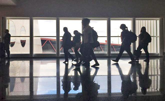 Bagagem paga não reduz preço de passagem aérea, mostra Anac