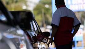 Entre os combustíveis houve aumento de consumo da gasolina - Consumo de combustíveis no país subiu 0,44% no ano passado
