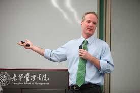 Jeffrey Towson - Escola de Negócios realiza aula inaugural Doing Business in China