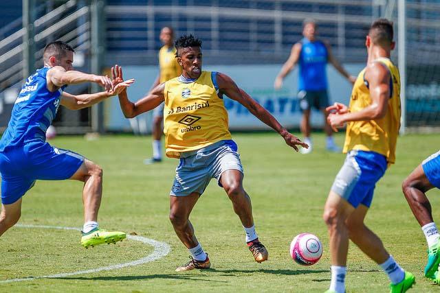 gremio 3 - Grêmio finalizou ontem preparação para Gre-Nal desta tarde