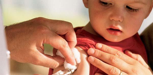 vaccination1 20012011 - Caxias do Sul está sem vacina Pentavalente devido a atraso do Ministério da Saúde
