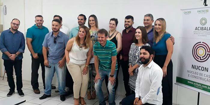 Nucleo Casa e Construção com o presidente e consultor da Acibalc 700x350 - Setor de Casa e Construção ganha núcleo setorial em Balneário Camboriú