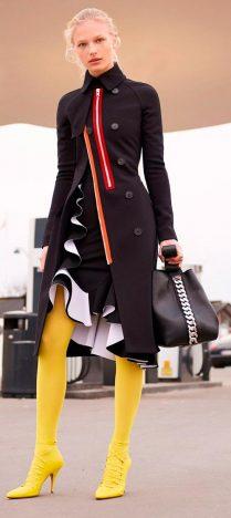 amarelo 209x468 - Tendências Pinterest | Meia-calça colorida