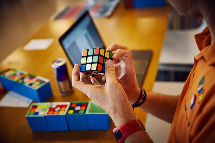 cubo magico1 - Campeonato mundial de cubo mágico acontece em São Paulo