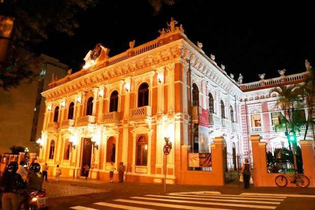 museu historico de santa catarina e reaberto ao publico com nova iluminacao 20180411 1189603309 - Museu Histórico de Santa Catarina é reaberto ao público