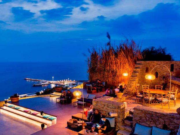 180 Sunset Bar 623x468 - Verão europeu: dicas para curtir o melhor de Mykonos