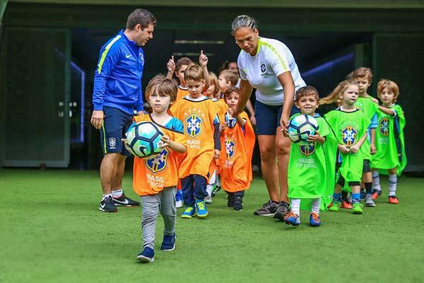 Festival do Futebol na Arena reúne 150 crianças 1 - Festival do Futebol na Arena reúne 150 crianças