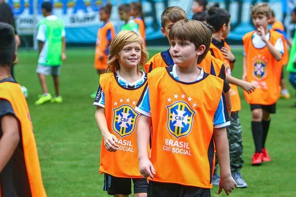 Festival do Futebol na Arena reúne 150 crianças 2 - Festival do Futebol na Arena reúne 150 crianças