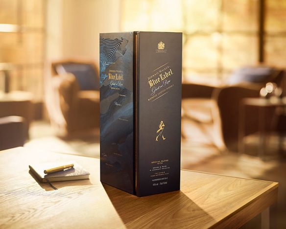 JOHNNIE WALKER BLUE LABEL GHOST AND RARE  584x468 - Johnnie Walker Blue Label Ghost and Rare  Edição Especial