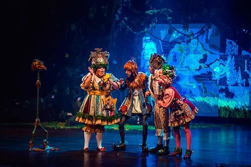 Korvatunturi Teatro em Gramado 1 - Em Gramado tem passeio e espetáculo musical