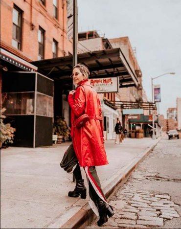 Lili Paiva mostra as tendências1 370x468 - Lili Paiva mostra as tendências de casacos