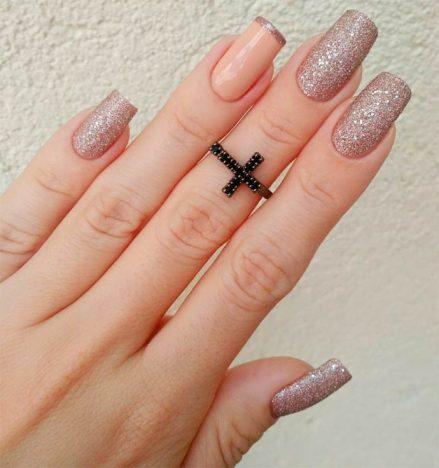 Nail Art para casamento5 439x468 - Nail Art para noivas arrasarem no casamento