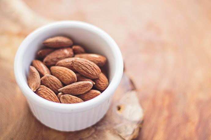 amendoas - Alimentos que contribuem para a saciedade