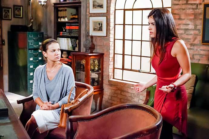 Luísa até a direção falar com Ruth sobre Poliana Foto Gabriel Cardoso SBT 6 - As Aventuras de Poliana - Resumo dos Capítulos 34 a 38 (02.07 a 06.07)