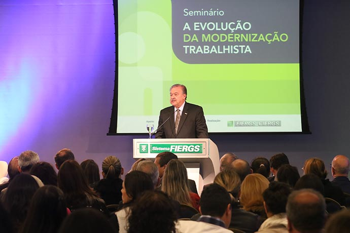 Modernização trabalhista do Brasil é referência para outros países - Modernização trabalhista do Brasil é referência para outros países