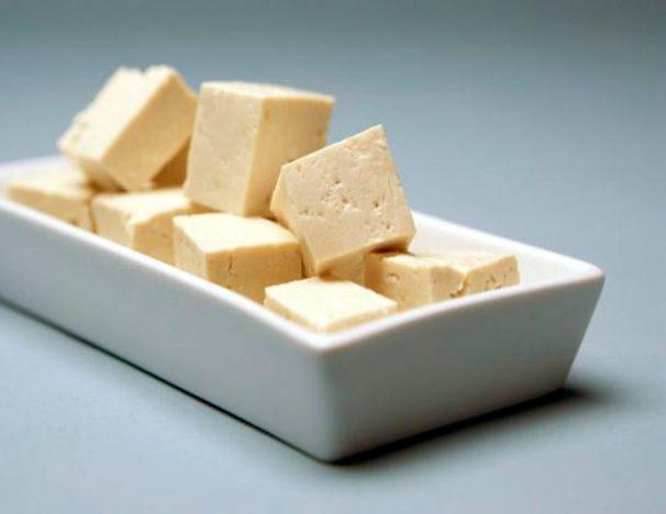 tofu 606x468 - Vegetarianismo - alimentos que podem substituir a carne