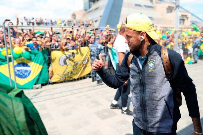 seleção kazan 700x466 - Seleção Brasileira já está em Kazan para o jogo contra a Bélgica