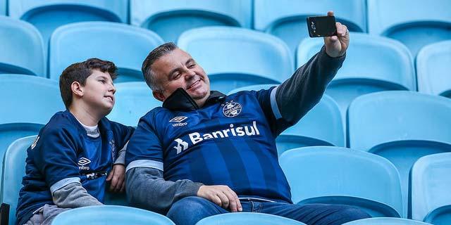 Grêmio goleia o Vitória na Arena 1 - Grêmio vence fácil o Vitória na Arena