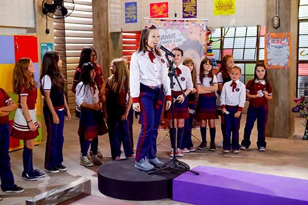 Mirela canta e Luca Tuber gosta Ela vence Foto Gabriel Cardoso SBT 5 - As Aventuras de Poliana - Resumo dos Capítulos 69 a 73 (20.08 a 24.08)
