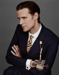 Matt Smith captured for Burberry by Alasdair McLellan c Courtesy of Burberry   Alasdair McLellan - Cara Delevingne e Matt Smith em nova campanha da Burberry
